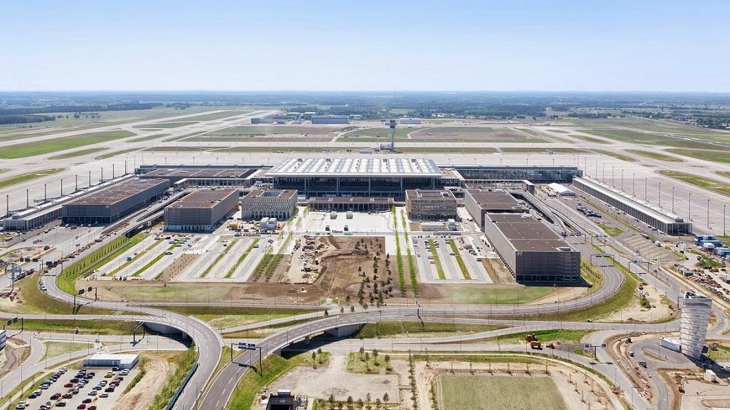 New Berlin International Airport