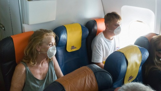 Empty Middle Seat + Face Masks (Source: LinkedIn)